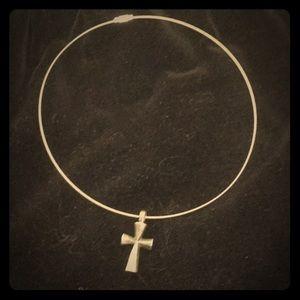 Jewelry - Vintage tarnished gothic cross crucifix